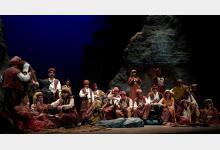 El Trovador - Opera 2001